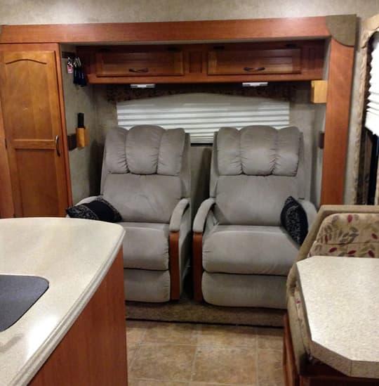 Eagle Cap Recliner Modification Truck Camper Magazine
