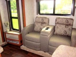 Eagle-Cap-1200-camper-theater-seating-3