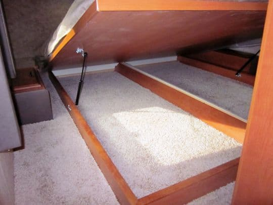 Eagle-Cap-1200-camper-under-bed-storage-2