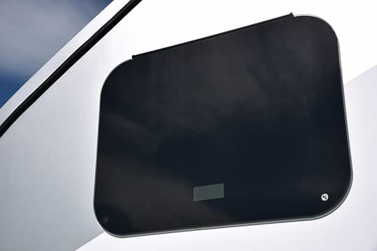 2016-Ford-Camper-Frameless-Windows