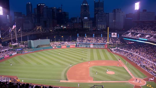 Cross-Country-baseball-Pirates-game