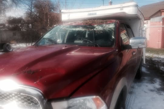 camper-saved-life-smashed-windshield