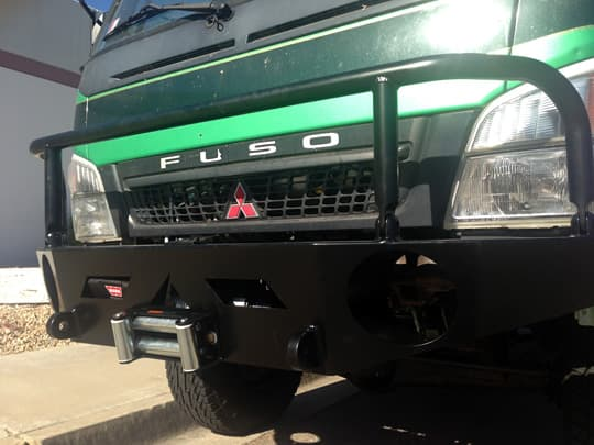 flatbed-fuso-four-wheel-aluminess-front-bumper
