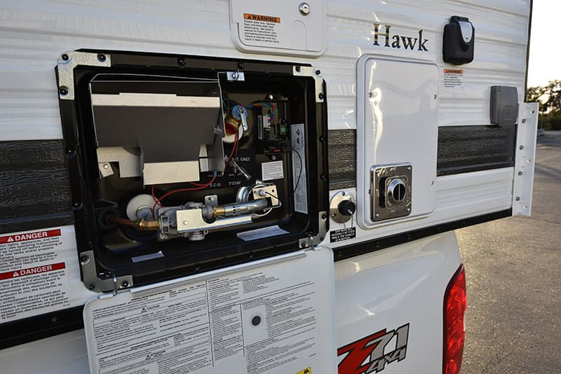 Four Wheel Camper Hawk Specifications and Capacities