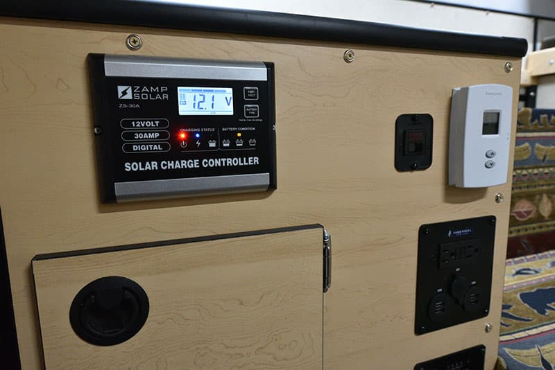 Four Wheel Hawk Kitchen Solar Controller