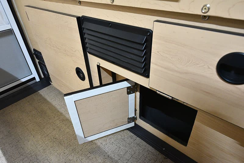Four Wheel Hawk Kitchen Truck Bed Access