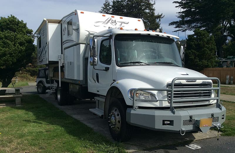 Freightliner with Arctic Fox 1150