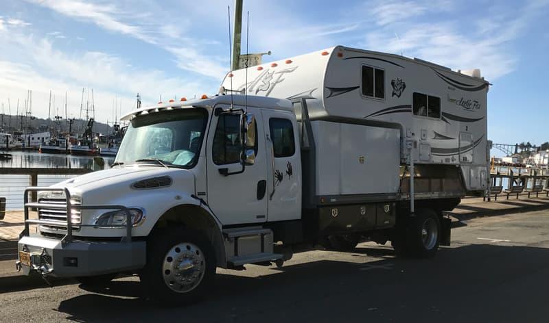 Freighliner Truck Camper Rig