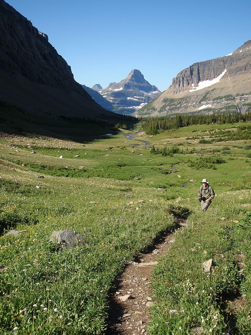 Siyeh Pass Trail, Glacier in Montana