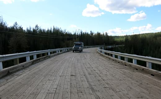 Yukon-hallmark-bridge