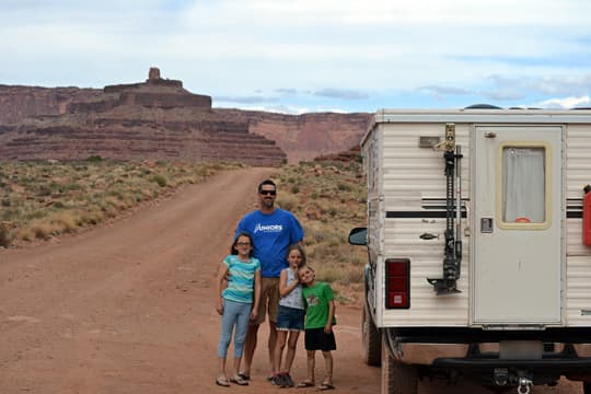 pop-up-camper-family-kids-Kerry