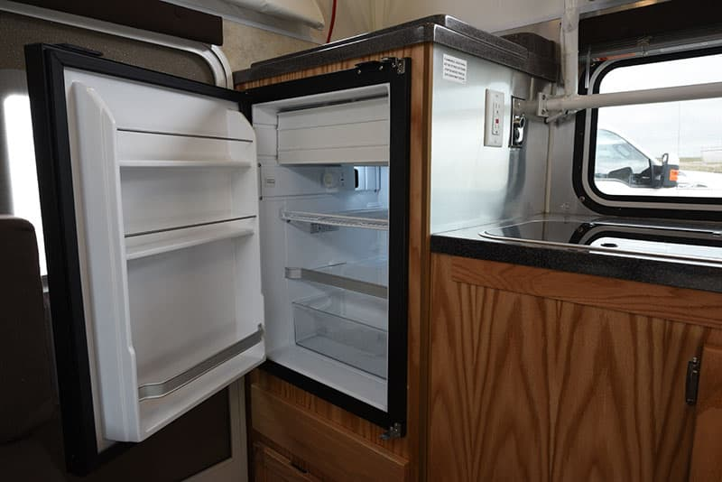 Hallmark Milner Kitchen Refrigerator