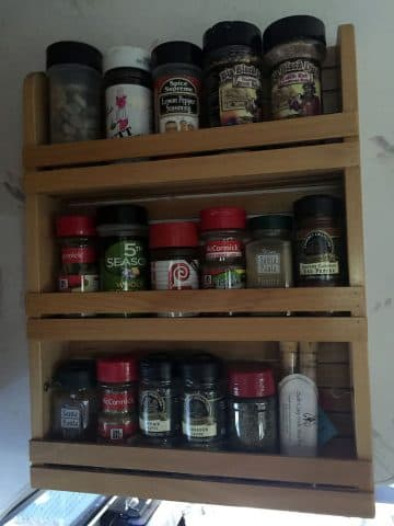 Spice racks added in Lance 1130