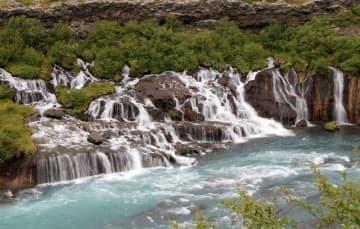 Iceland-scenery-waterfall-Hraunfossar