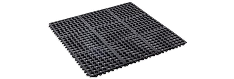 Interlocking bath mat