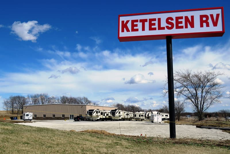 Ketelsen RV sign from road