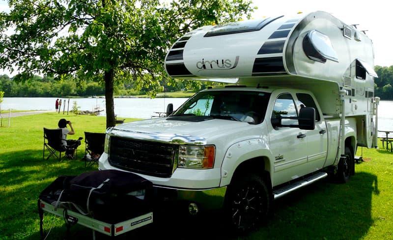 Lake in Nebraska camping