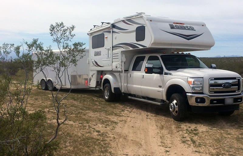 Lance 1062 desert camping