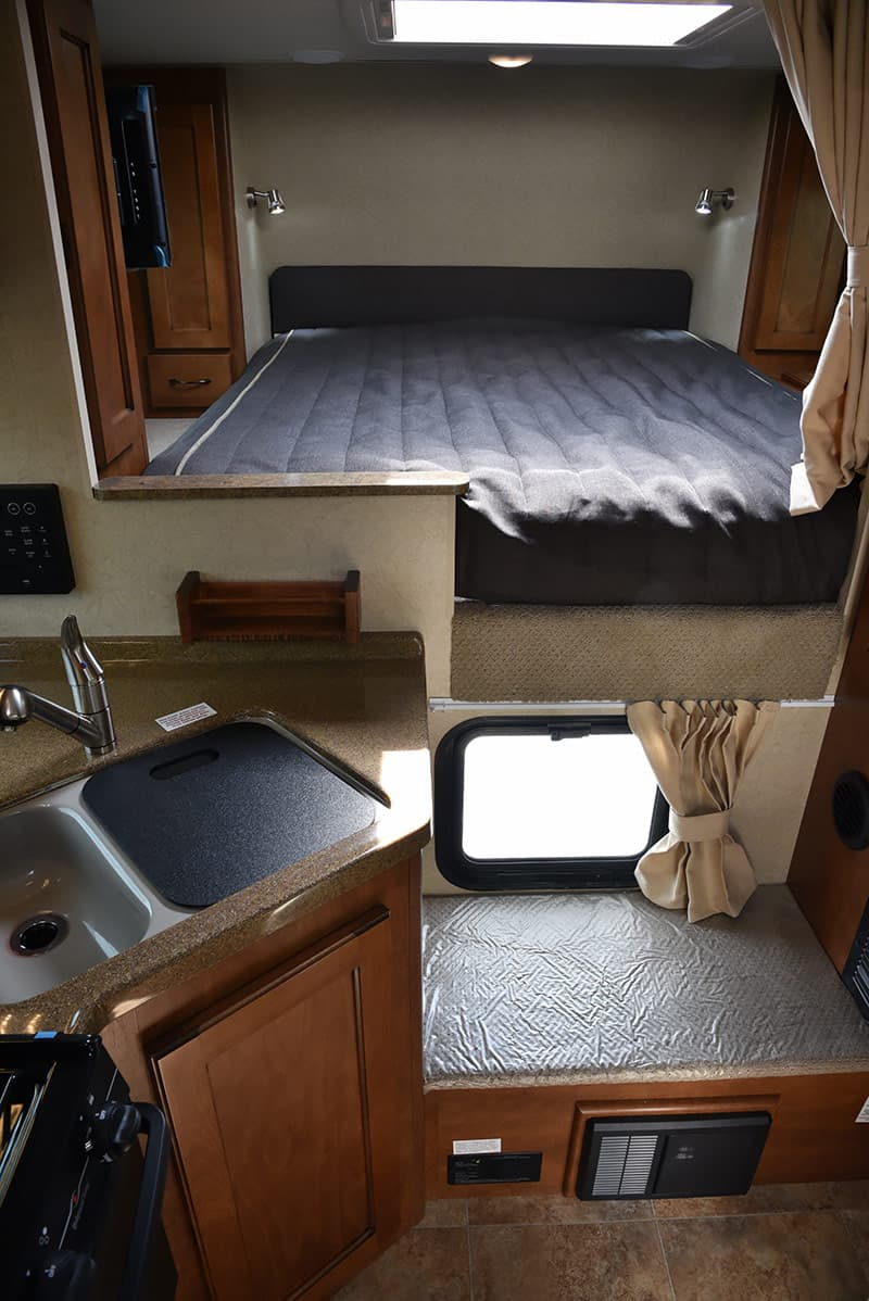 Lance 850 Review Long Bed Wet Bath Camper