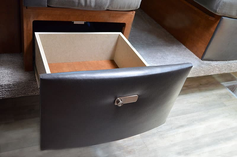 New dinette drawer latches for 2017