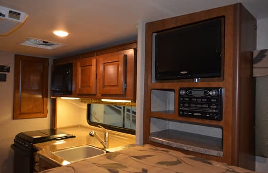 Lance-1052-double-slide-galley-tv