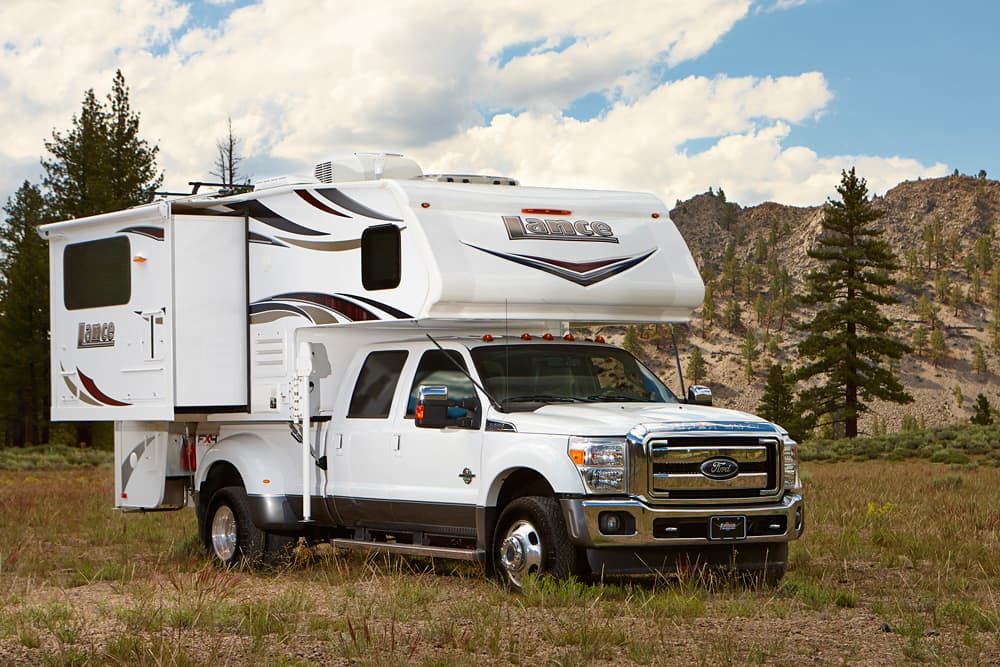 Build A Truck >> Lance 1062 - Double-Slide, Dry Bath Truck Camper