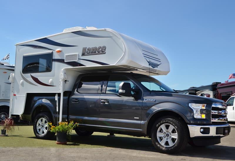 Half Ton Truck >> Lance 650 - Short Bed, Half Ton Truck Camper