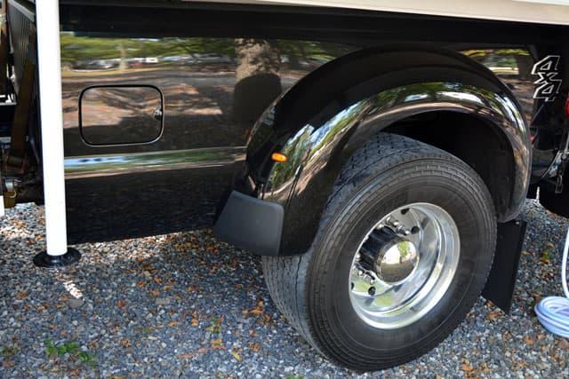 Big Rig Fenders : Big rig truck camper build magazine