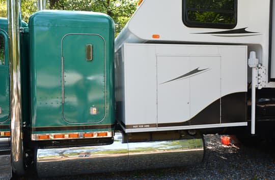 Peterbuilt-camper-garage-outside