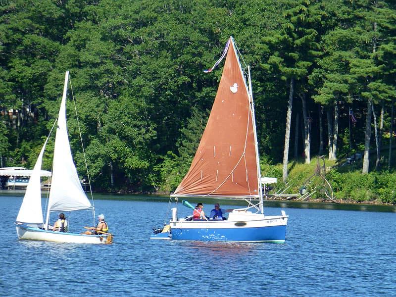 Liebchen sailboat in the water