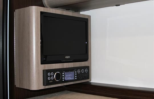 Cirrus-800-television-entertainment