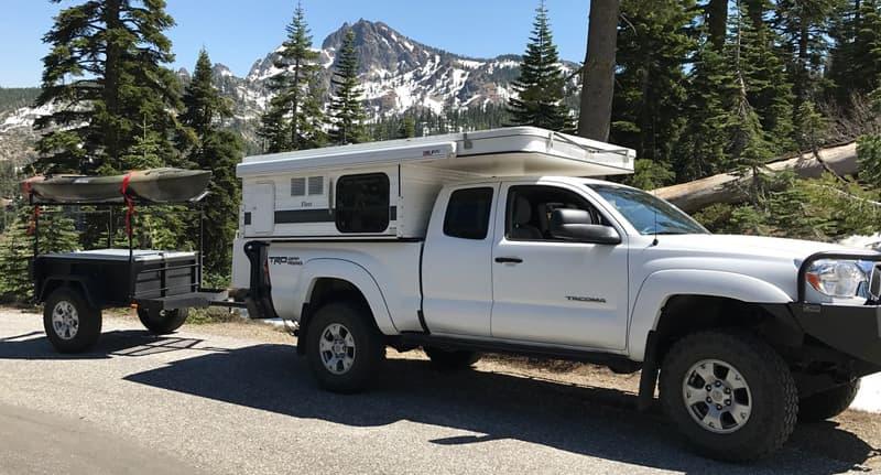 Lost Sierra- Lakes Basin area healthy Four Wheel Camper