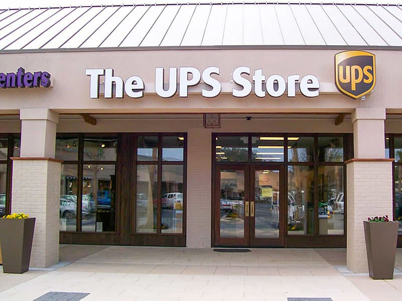 Mail-UPS Store