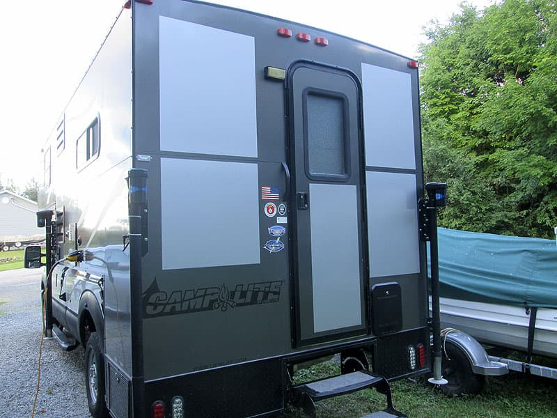 CampLite camper new exterior color