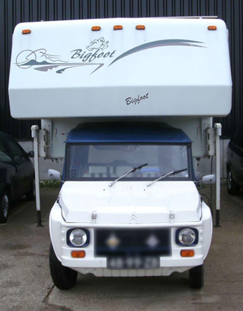 Mehari truck for Bigfoot Camper