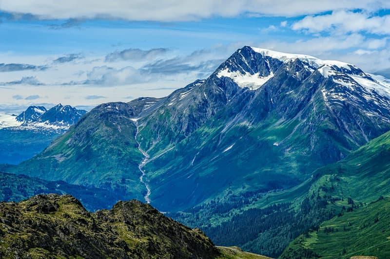 Beautiful mountains on the Richardson Highway, Thompson Pass, Alaska