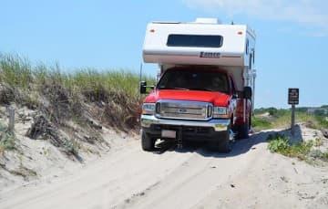 Beach-Driving-To-Beach