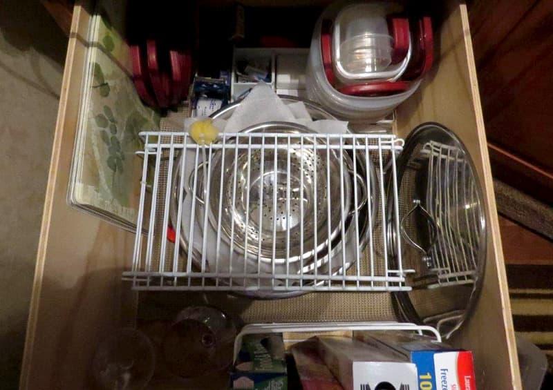 Nesting bowls and shelves