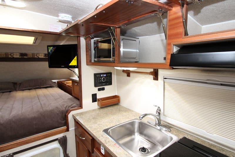 Northern Lite 10-2 EX Dry Bath kitchen