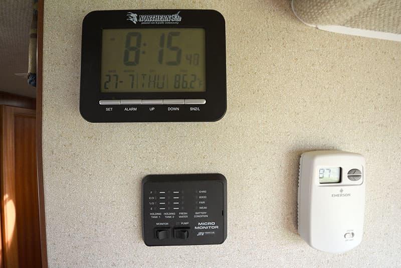 Northern Lite 8-11 EX clock