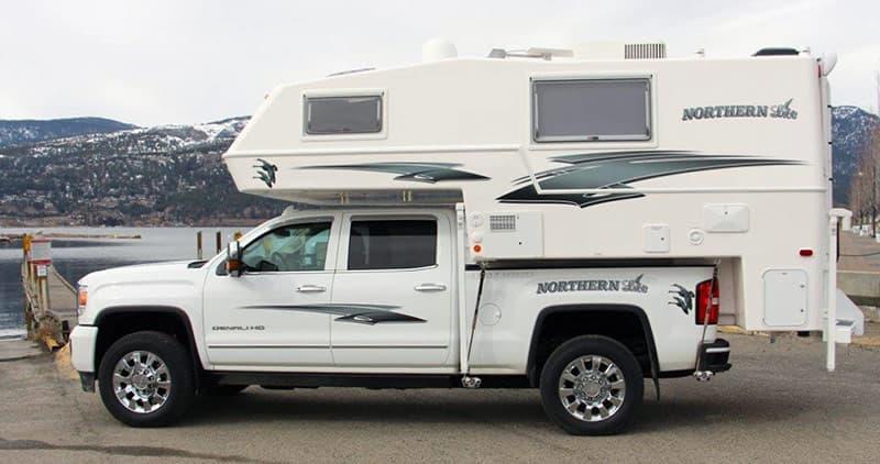 Northern Lite 8-11 EX dry bath for short bed trucks