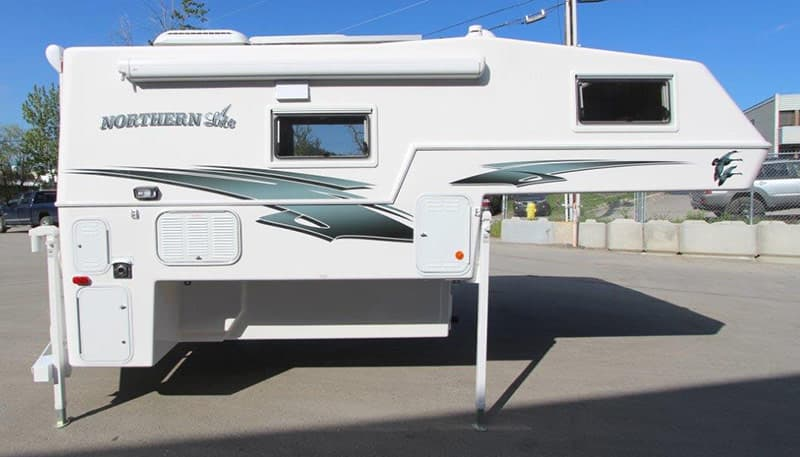 Northern Lite 8-11 EX exterior compartments