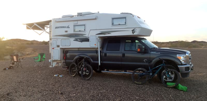 Northern Lite Camping SUV Jeep
