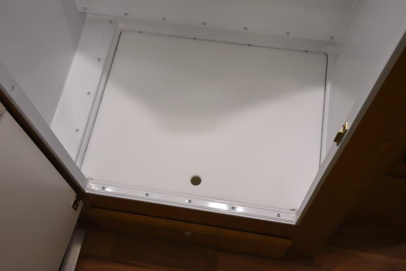 Northstar 650SC Bathroom pan in
