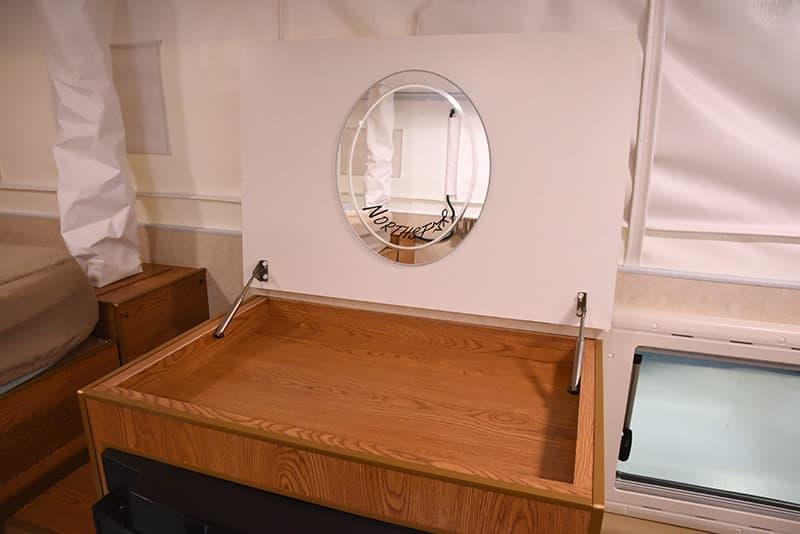 Northstar 650SC lift up mirror