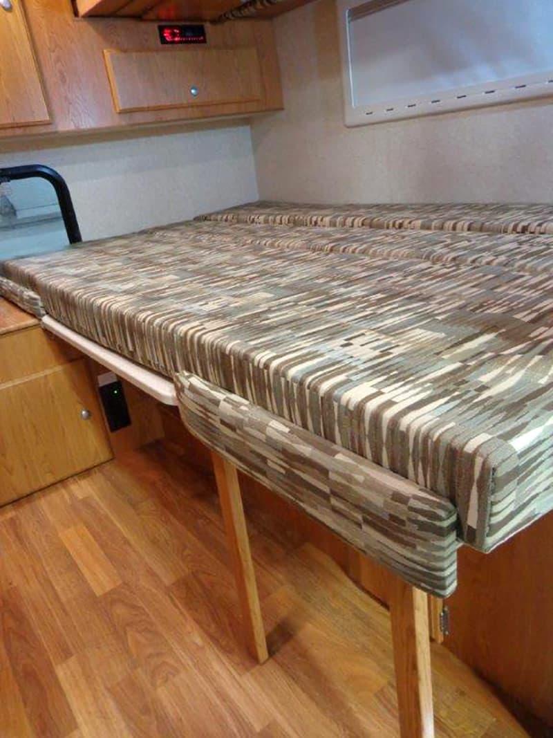 Northstar Vista expandable bed option