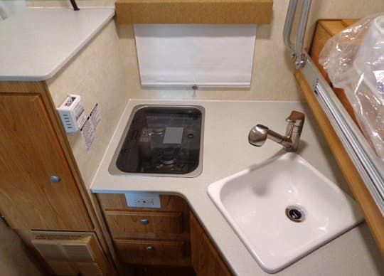 Northstar-650SC-stove-faucet-sink