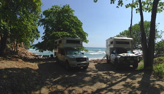 carpe-viam-costa-rica-friends-Playa-Hermosa-Nicoya-Peninsula