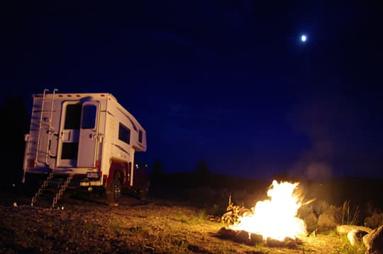 family-camps-Mikes-Campground-at-Night
