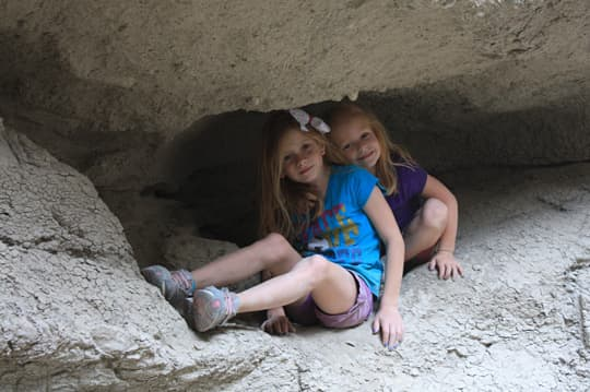 off-grid-kids-girls-MudCaves3